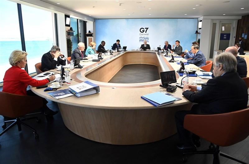 日本首相菅義偉12日在G7峰會上表明,支持台灣以觀察員身分參與世界衛生組織(WHO)年度大會。(圖取自facebook.com/G7)