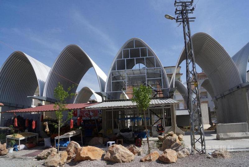 台灣-雷伊漢勒世界公民中心2020年10月完成首期工程後即投入室內裝修的第2期工程,已完成店面、木工作坊及第一間手工作坊。(台灣中心提供)中央社記者何宏儒安卡拉傳真 110年6月14日