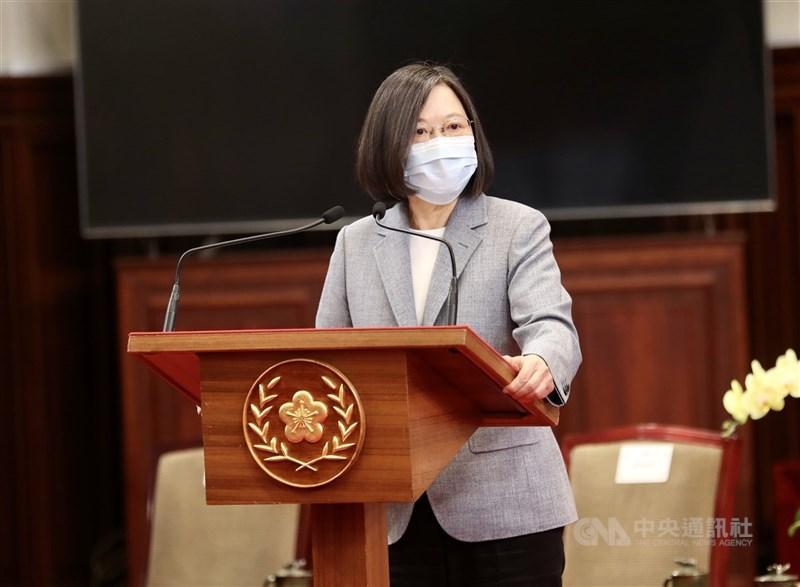 總統蔡英文日前一段談話遭泰媒解讀為指責泰國囤積疫苗;駐泰國代表處澄清,蔡總統從未指稱泰國「阻擋」疫苗出口,多家泰國媒體也刊出駐泰代表處澄清稿。(中央社檔案照片)