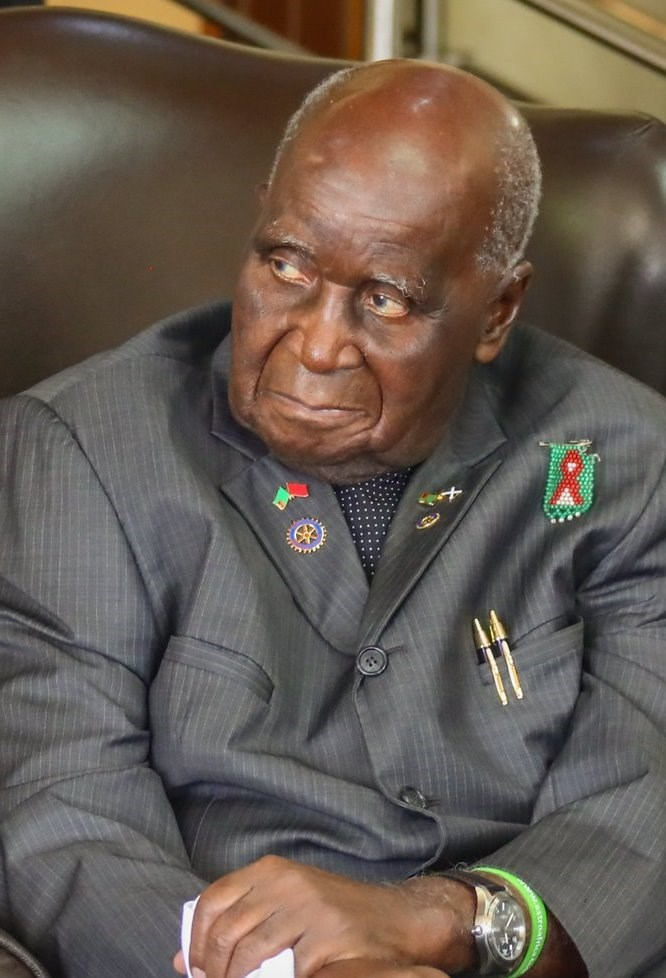尚比亞開國總統考恩達17日逝世,享耆壽97歲。(圖取自維基共享資源;作者council.gov.ru,CC BY 4.0)