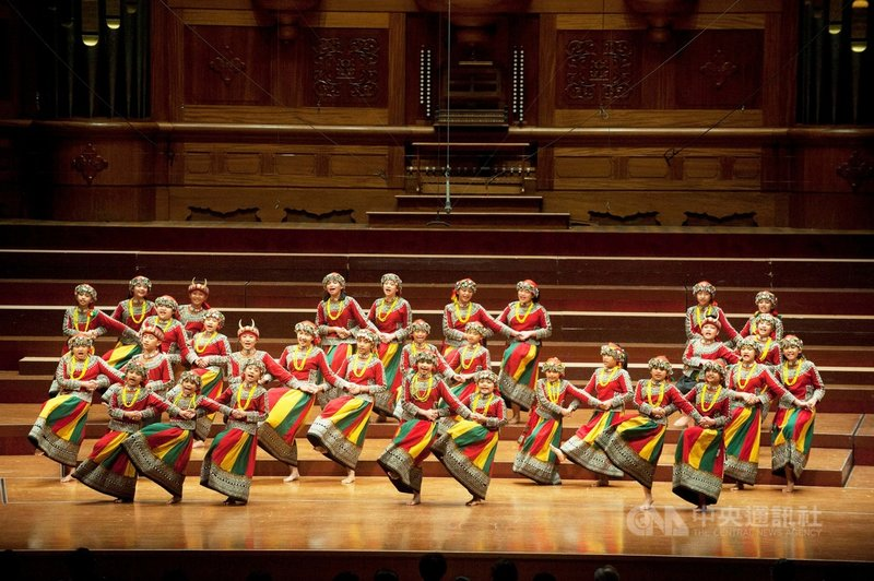 屏東希望兒童合唱團將代表台灣,參加匈牙利Cantemus 國際合唱節線上演出,在國際樂壇傳遞動聽溫暖的台灣之聲。(台北愛樂合唱團提供)中央社記者趙靜瑜傳真  110年6月19日