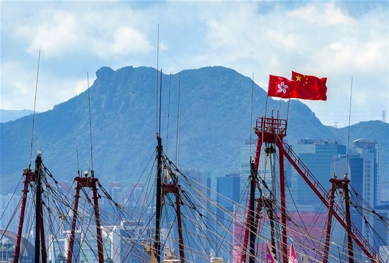 台灣駐港機構最後一名官員倪伯嘉已於30日下午返台,陸委會表示,駐處各項業務暫未受影響。(中新社)