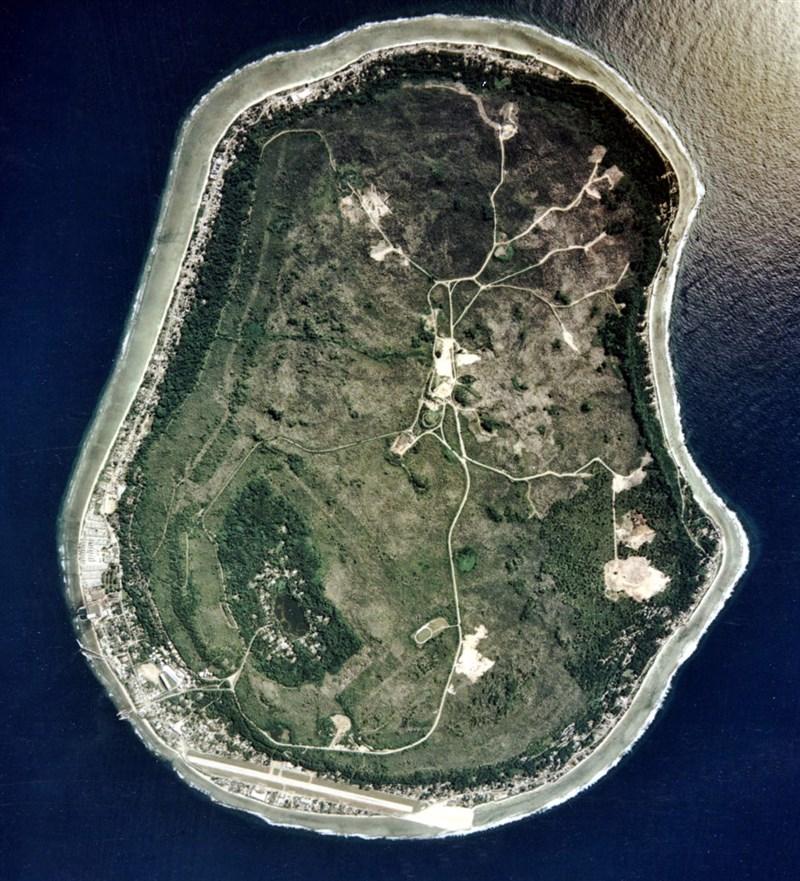 太平洋島國諾魯(圖)拒絕授予中國企業合約後,正為興建海底通訊電纜,連接澳洲線路進行協商。(圖取自維基共享資源,版權屬公有領域)