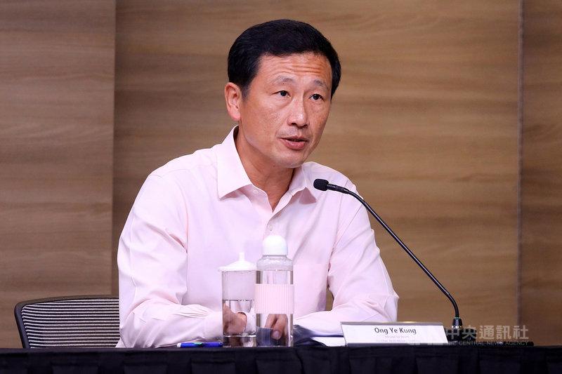 新加坡衛生部長王乙康24日表示,星國力拚8月達到2/3人口完成2劑疫苗接種的目標,並將引進Novavax疫苗。(新加坡通訊及新聞部提供)中央社記者侯姿瑩新加坡傳真 110年6月24日
