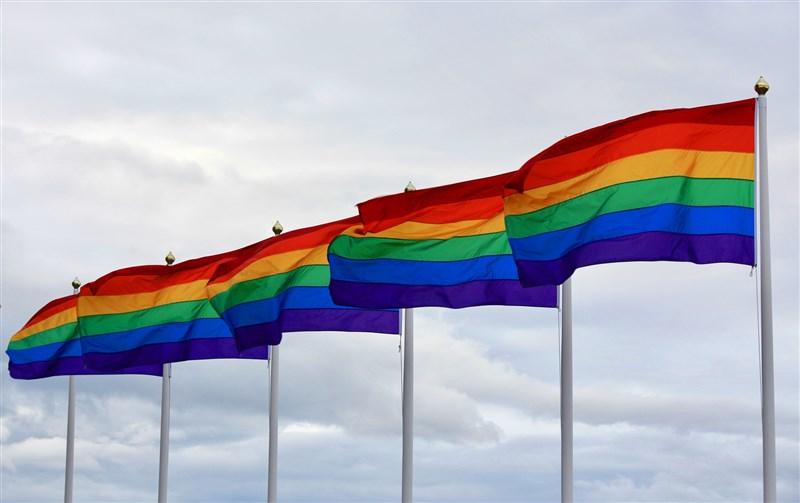 歐洲聯盟近日批評匈牙利新法禁止向兒童傳授LGBTQ內容是恥辱,匈牙利總理奧班24日出席歐盟領袖峰會時反擊,辯護新法是保護孩子和父母。(圖取自Pixabay圖庫)