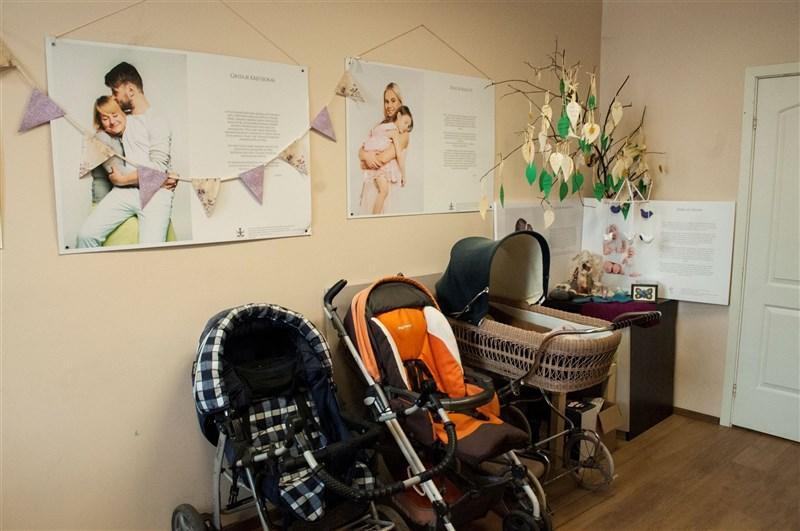 立陶宛22日宣布捐贈台灣2萬劑疫苗,當地社福機構「高風險懷孕中心」收到大批來自台灣的捐款。(圖取自立陶宛高風險懷孕中心網頁neplanuotasnestumas.lt)