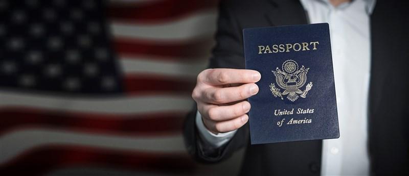美國國務卿布林肯6月30日宣布,將在美國護照上新增第3個性別選項,此舉堪稱非二元性別者和雙性人的一大勝利。(圖取自Pixabay圖庫)