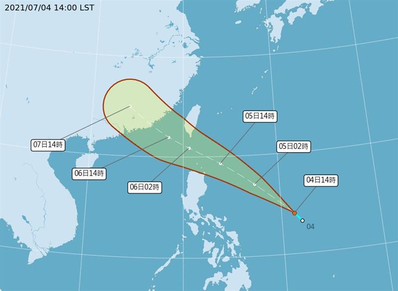 中央氣象局今天表示,位於菲律賓東方海面的熱帶低壓最快5日白天發展成輕度颱風「烟花」,可能發布海警;6日通過巴士海峽,恆春半島可能有局部大雨。(圖取自中央氣象局網頁cwb.gov.tw)