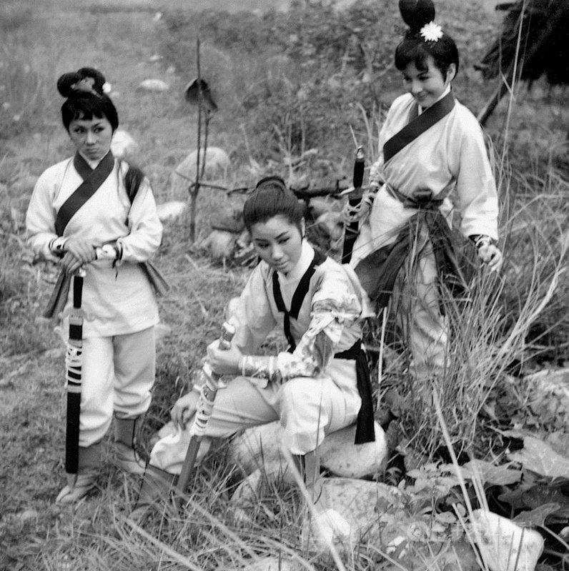 策劃逾3年的瑞士蘇黎世台灣主題影展Taiwan Cinema,即日起至9月中為止,將播映台灣60年代的女力台語片「三鳳震武林」。(影視聽中心提供)中央社記者葉冠吟傳真 110年7月5日