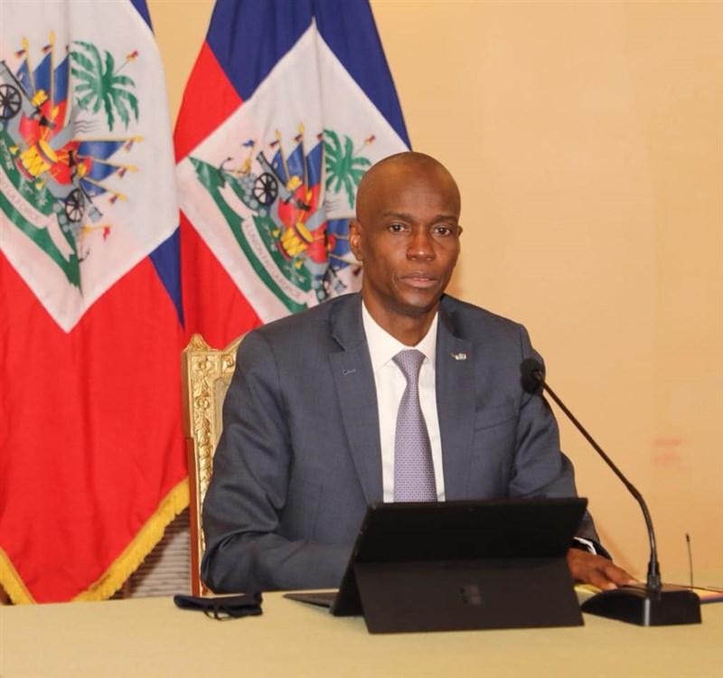 海地總統摩依士(圖)7日凌晨遇刺身亡,選舉部長皮耶表示,9月26日如期舉行總統大選和憲法公投;並指出暗殺行動有6人被捕。(圖取自facebook.com/jovenelmoise)
