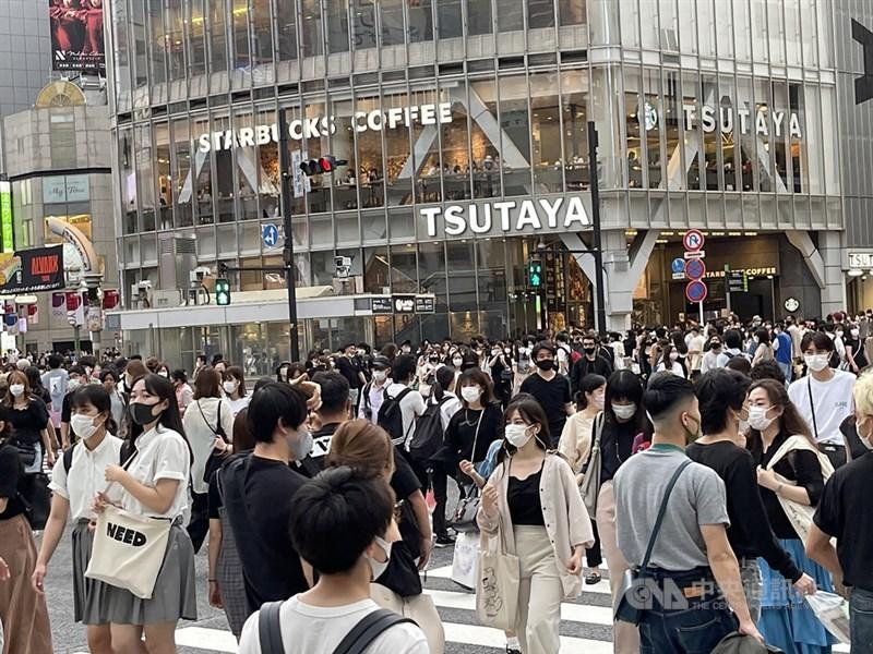 日本政府已獲專家同意,最快8日傍晚就會決定對疫情嚴峻的東京都4度發布「緊急事態宣言」。(中央社檔案照片)