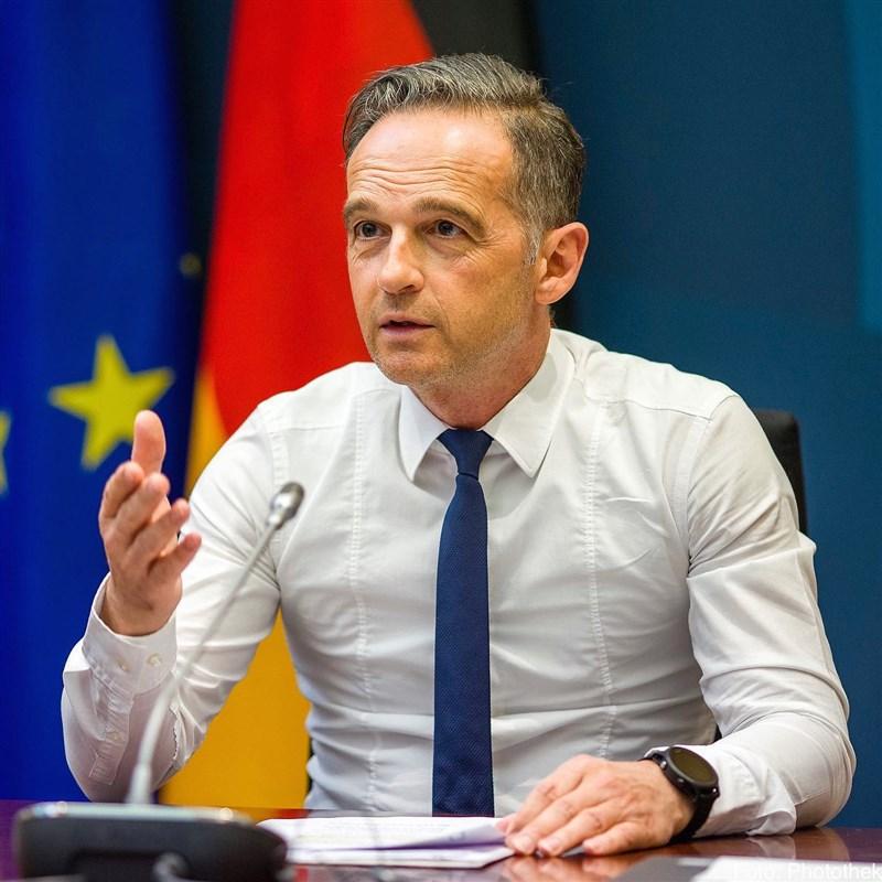 德國外交部長馬斯13日指控中國和俄羅斯利用發放COVID-19疫苗來達到政治需求。(圖取自facebook.com/heiko.maas.98)