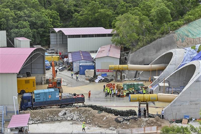 中國廣東省珠海市石景山隧道15日發生透水事故,14名施工人員受困罹難。(中新社)