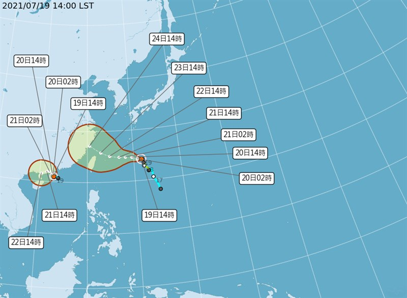 氣象局19日表示,目前在西太平洋上有2個颱風,預估上午形成的輕颱查帕卡將往中國廣東移動並逐漸減弱;至於烟花20日有機會增強為中颱,預估22至24日全台有雨。(圖取自中央氣象局網頁cwb.gov.tw)