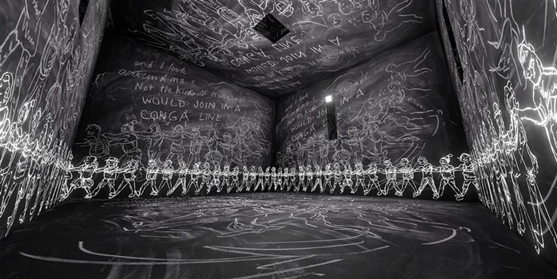藝術家黃心健的VR作品「記憶的門戶」,22日將在西班牙L.E.V.數位藝術節登場。圖為其中一支影片「沙中房間」。(文化部提供)中央社記者邱祖胤傳真 110年7月20日