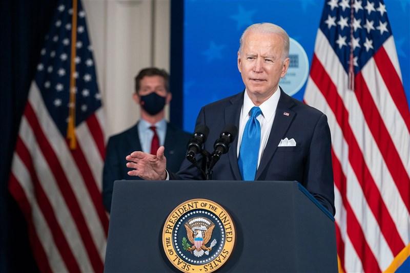 美國總統拜登表示,他認為中國政府並未從事網路情蒐活動,但確實對國內進行這種勾當者提供保護。(圖取自facebook.com/WhiteHouse)