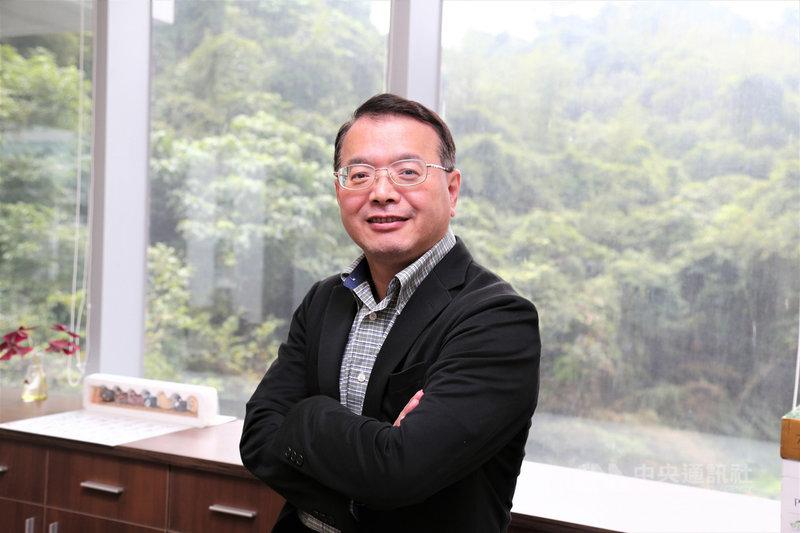 生技中心執行長吳忠勳表示,台灣進行中的細胞治療相關臨床試驗案件占全球案件數約12%,且逐年快速增長中,已有不錯的起跑式。(生技中心提供)中央社記者韓婷婷傳真 110年7月23日