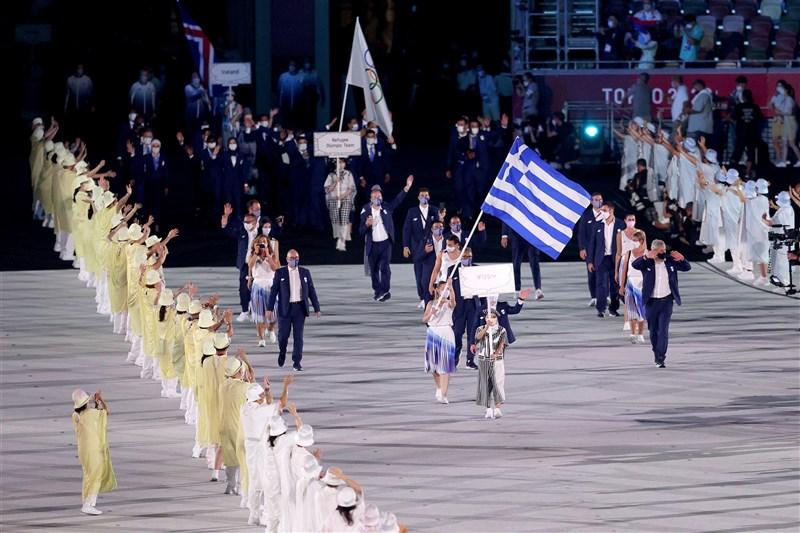 希臘是第一個進場的國家。(圖取自twitter.com/Tokyo2020)