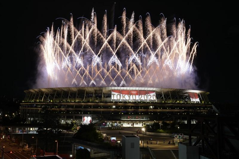 2020東京奧運因COVID-19疫情影響延期一年,23日晚間在緊急事態下正式拉開序幕。(美聯社)