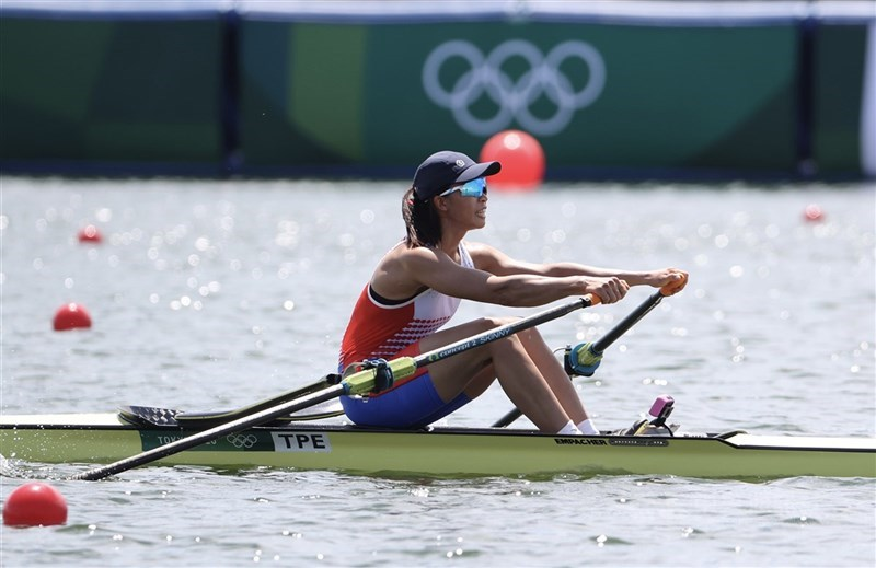 黃義婷25日在東京奧運划船項目女子單人雙槳準決賽中出賽,無緣繼續晉級12強,不過已是個人最佳成績。圖為黃義婷23日出賽情形。中央社記者吳家昇攝 110年7月23日