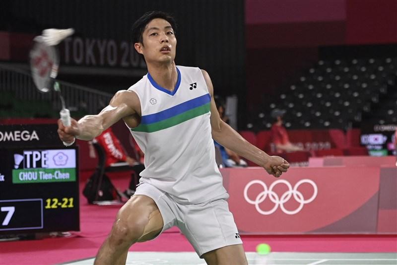 周天成(圖)25日在東京奧運羽球項目男子單打小組賽出戰,直落2擊敗瑞典選手布雷施泰特。(法新社)