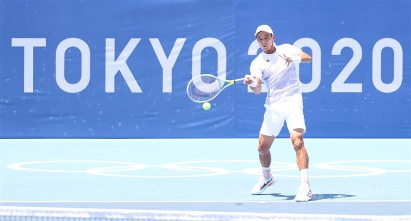 37歲的台灣網球好手盧彥勳25日在東京奧運男單首輪輸球止步,這場比賽也成為他20年職業網球生涯最終戰。中央社記者吳家昇攝 110年7月25日