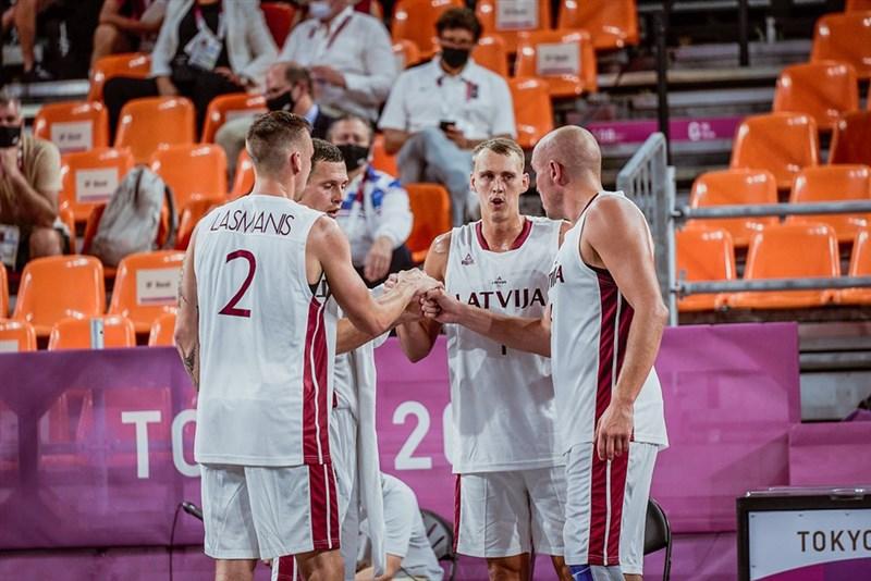 奧運第一次舉行的3對3籃球賽28日進行男子組決賽,拉脫維亞以21比18擊敗俄羅斯,抱回奧運史上這個項目的首面金牌。(圖取自twitter.com/FIBA3x3)