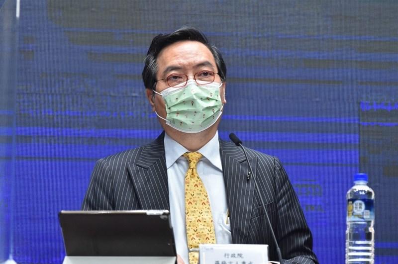 行政院發言人羅秉成29日表示,疫情對國內民生經濟、民眾生計影響重大,有必要推出振興,也正評估紓困5.0。(行政院提供)