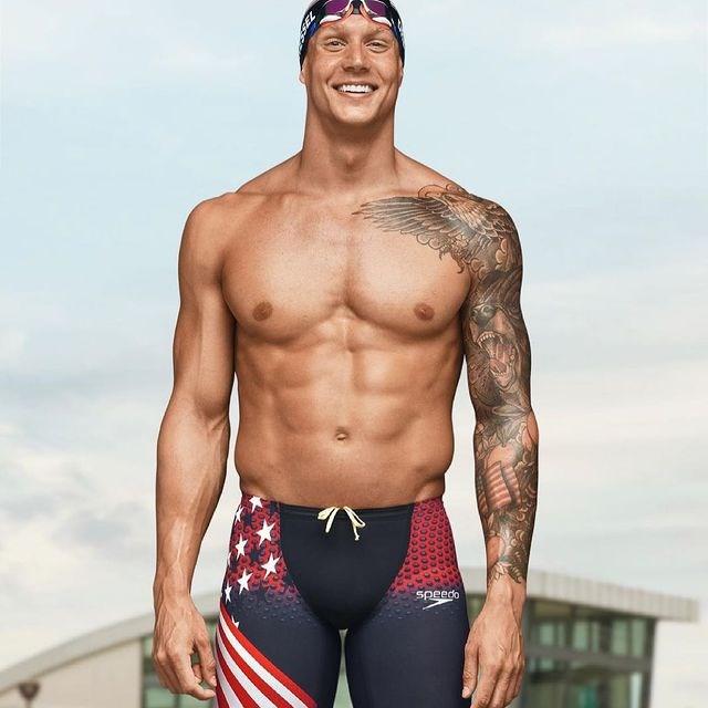 美國泳將德萊賽爾(圖)31日在東京奧運摘下個人第5面金牌後表示,他拒絕與泳壇傳奇「飛魚」費爾普斯和史必茲比較。(圖取自instagram.com/caelebdressel)