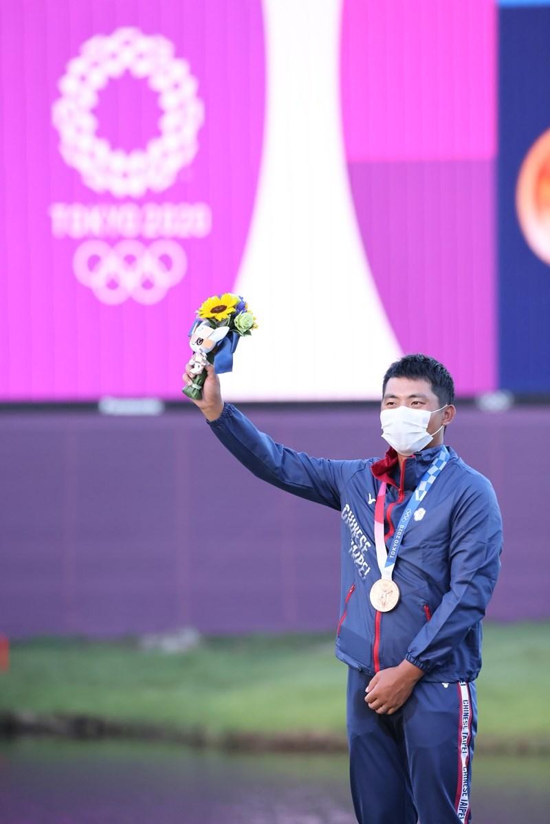 潘政琮在東京奧運高爾夫球正規賽從倒數第4打到並列第3,最後在1日的延長賽後奪銅,贏回隊史首面獎牌的最佳紀錄。(體育署提供)
