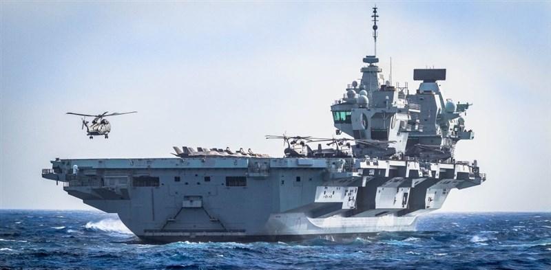 英國航艦打擊群指揮官慕豪思罕見以韓語推文表示,伊麗莎白女王號航艦打擊群已進入西太平洋,期待加強英國與南韓的合作關係。圖為伊莉莎白女王號航空母艦。(圖取自twitter.com/smrmoorhouse)