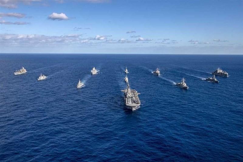 美軍印度太平洋司令部2日宣布,美國陸海空軍及陸戰隊正聯合英國、澳洲和日本部隊,即日起至27日在印太地區舉行大規模軍演。(圖取自instagram.com/indopacom)