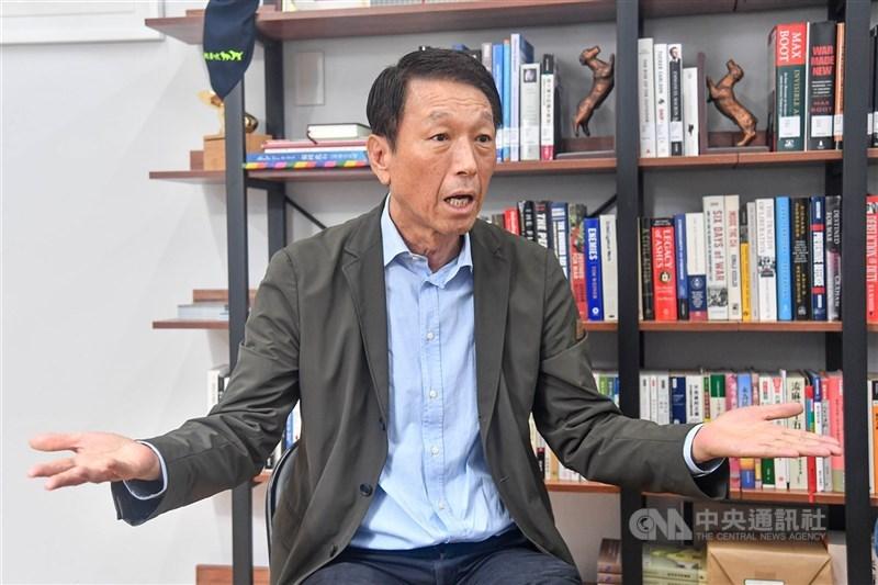 前參謀總長李喜明(圖)接受外媒專訪指出,台灣安全不能寄望中國善意,也不能寄望美國友誼,唯有建構「刺蝟台灣」,利用「不對稱戰力」讓中共達不到戰爭的目的,才是唯一出路。(中央社檔案照片)