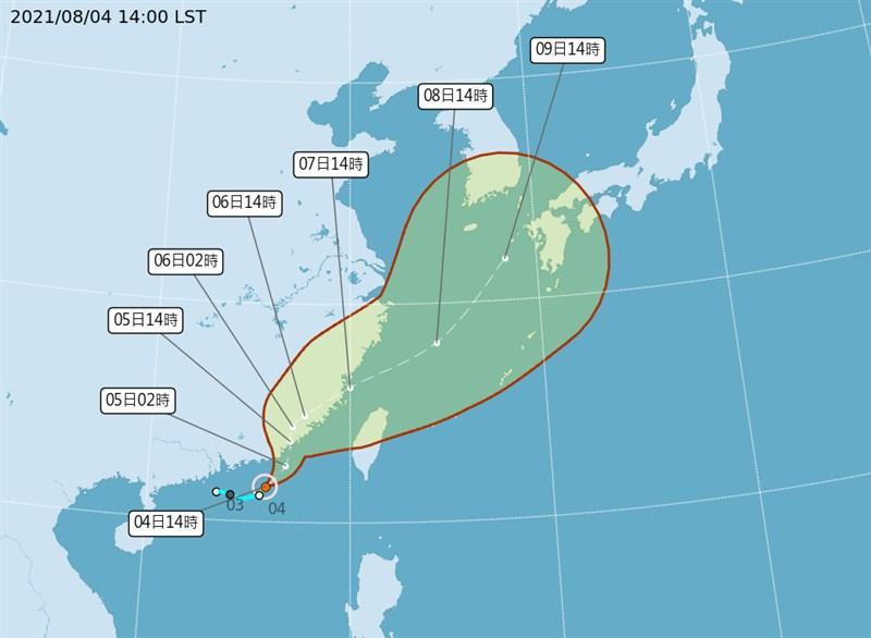 第9號颱風盧碧成形後將先影響台灣與中國沿海地區,接下來可能撲向日本沖繩地方。(圖取自中央氣象局網頁cwb.gov.tw)