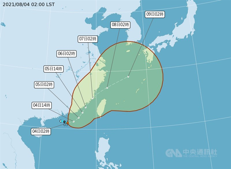 中央氣象局表示,颱風「盧碧」最快4日形成,預估將從5日至7日通過台灣海峽。在近年影響台灣的颱風當中,盧碧的預估行進路線較為特別。(圖取自中央氣象局網頁cwb.gov.tw)