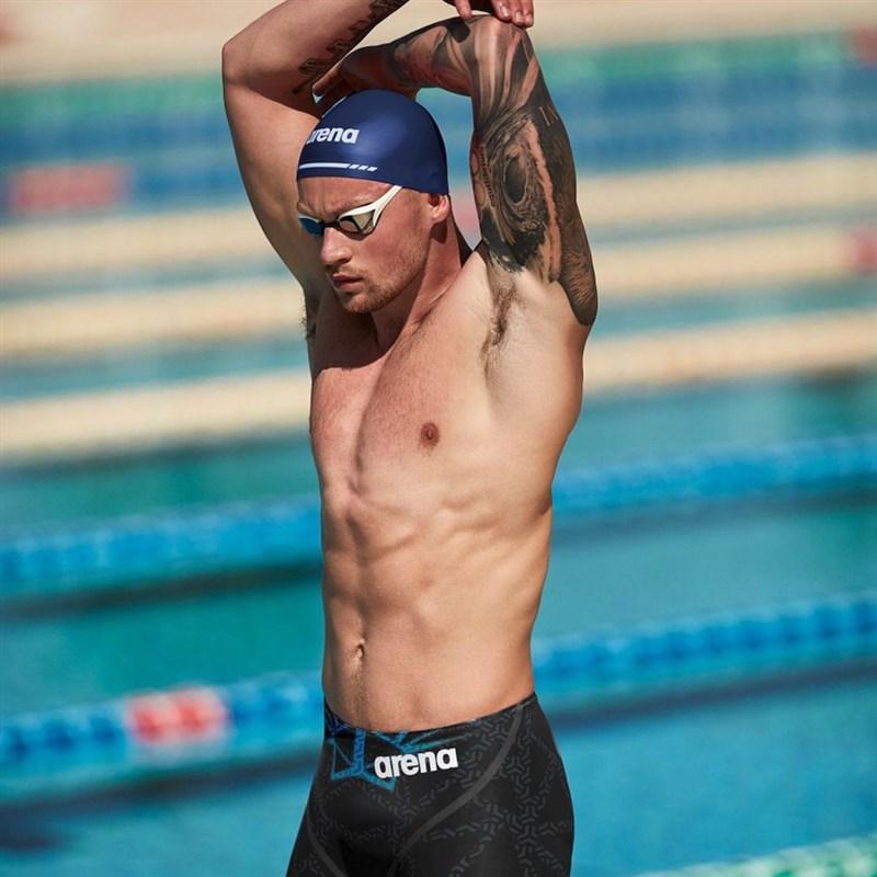 英國「蛙王」比提(圖)日前宣布將休假一個月,調養心理健康,頂尖運動員的心理健康問題在這次奧運引發熱烈討論。(圖取自instagram.com/adam_peaty)