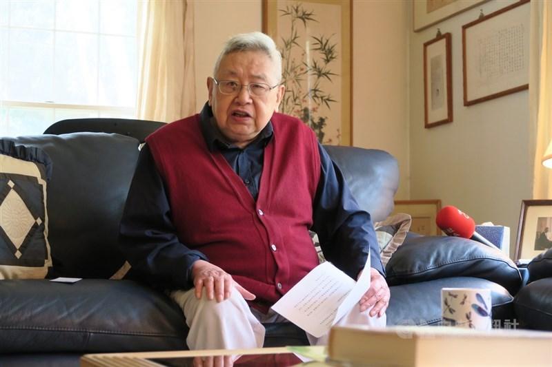 史學泰斗、中研院院士余英時1日在美國去世,享耆壽91歲。(中央社檔案照片)