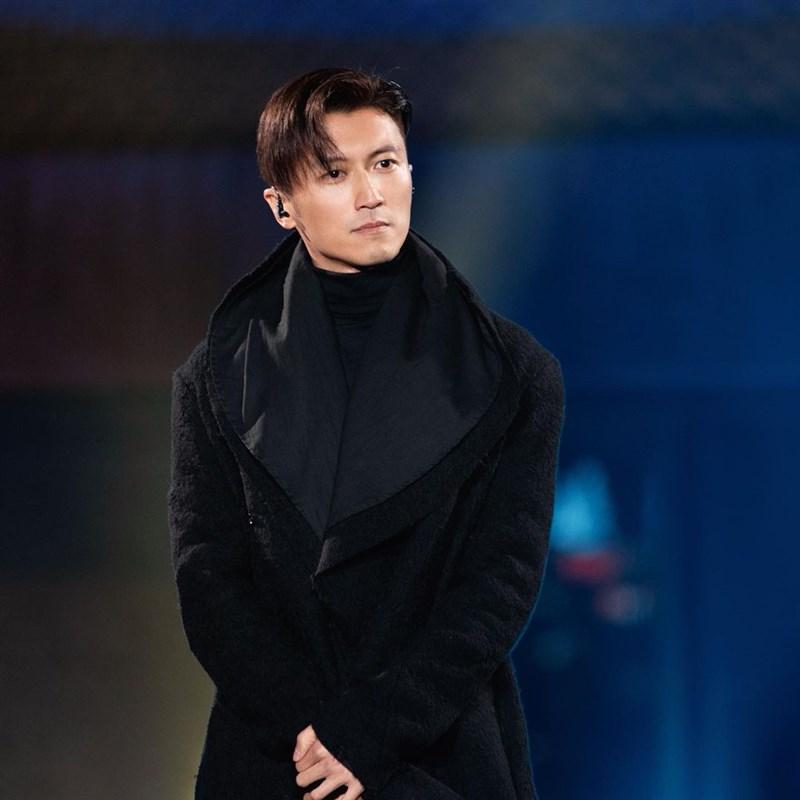 中共整治娛樂圈,外界盛傳擁有外國籍的中國藝人將是下一波被封殺的對象。影星謝霆鋒5日在央視節目上說已經申請退掉加拿大國籍。(圖取自instagram.com/chefnicookies)