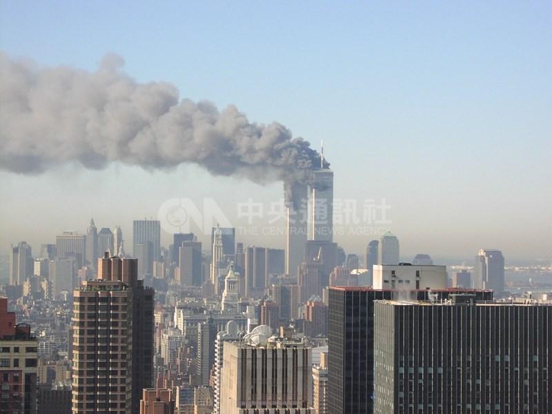 美國拜登政府11日解密聯邦調查局一份備忘錄,內容強化對沙烏地阿拉伯官方涉及2001年9月11日劫機恐攻的懷疑。(中央社檔案照片)
