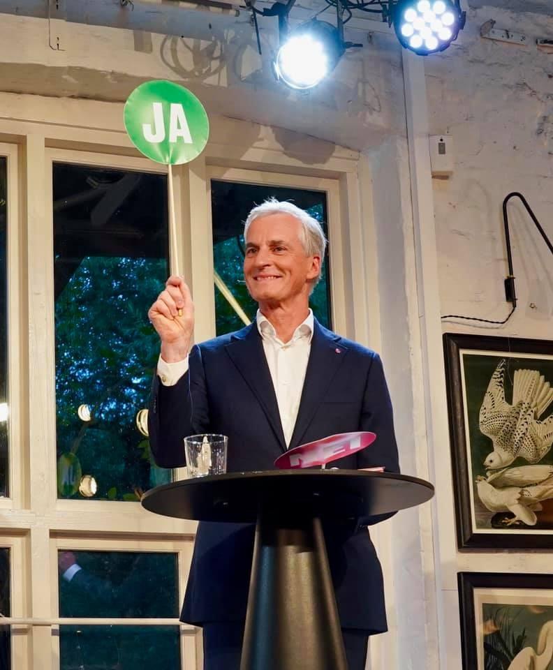 挪威13日結束國會大選,工黨黨魁斯托爾被外界看好將領導下屆政府。(圖取自facebook.com/jonasgahrstore)