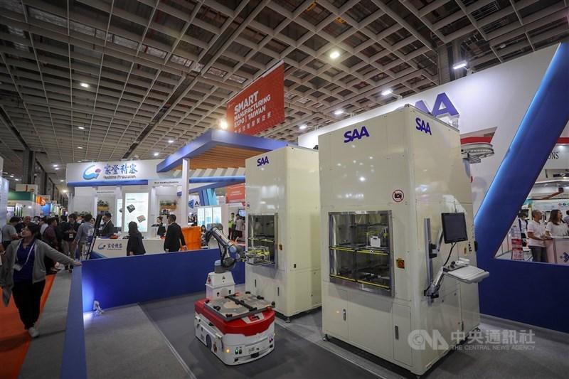 國際半導體產業協會預估,2022年全球晶圓廠半導體設備投資金額將逼近1000億美元,為半導體業史上罕見紀錄。圖為國際半導體展(SEMICON Taiwan)。(中央社檔案照片)