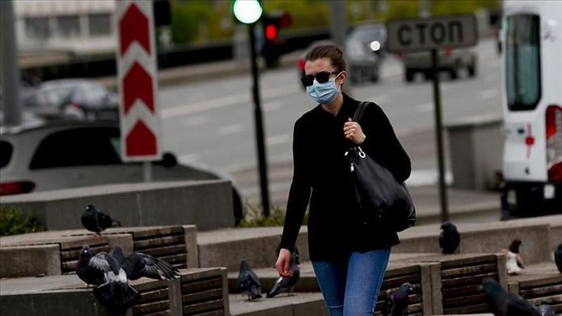 俄羅斯境內Delta變異株疫情延燒,加上疫苗接種進度遲緩,28日通報多達852人染疫不治,創單日最高紀錄。圖為莫斯科街頭。(安納杜魯新聞社)