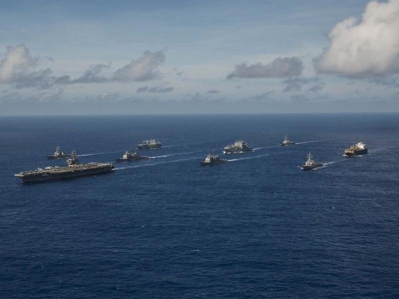 美國海軍擬派機艦通過台海