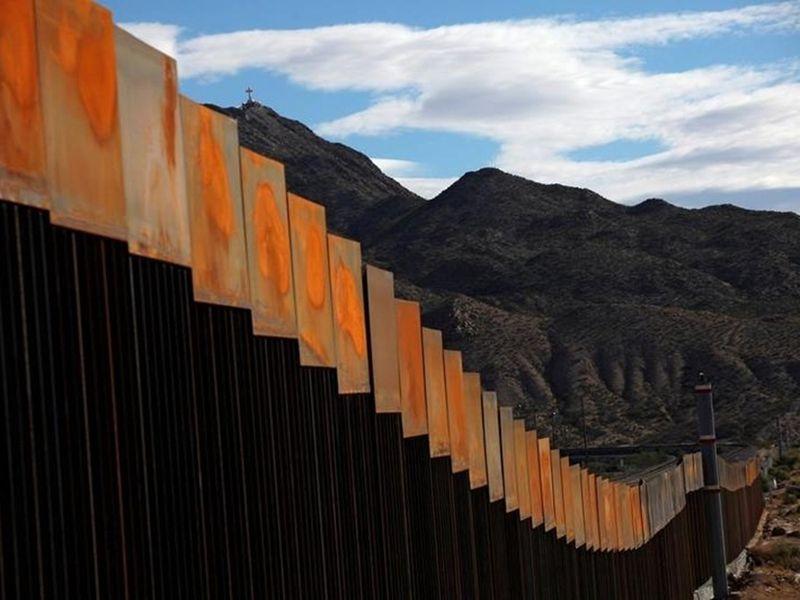 川普堅持美墨邊界築牆