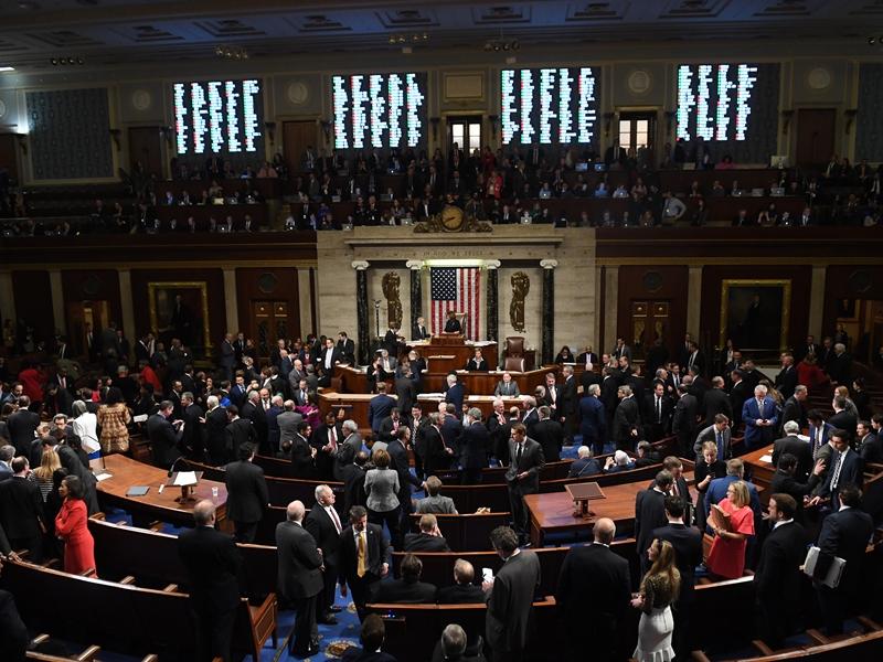 美眾院通過彈劾川普