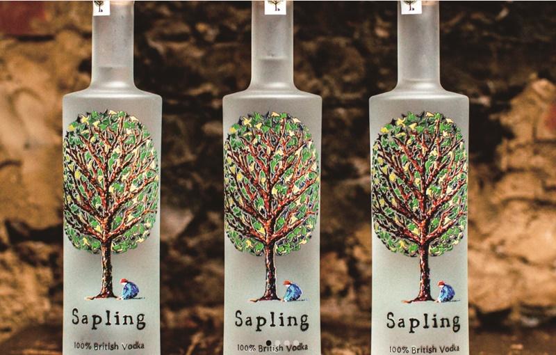 英國小樹酒廠每賣出一瓶伏特加,就會種一棵樹。(擷自小樹酒廠官網)