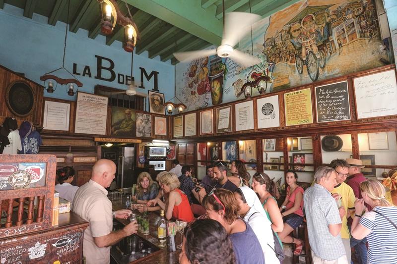 因為海明威的一句話,讓遊客指名前來五分錢小酒館喝杯mojito。