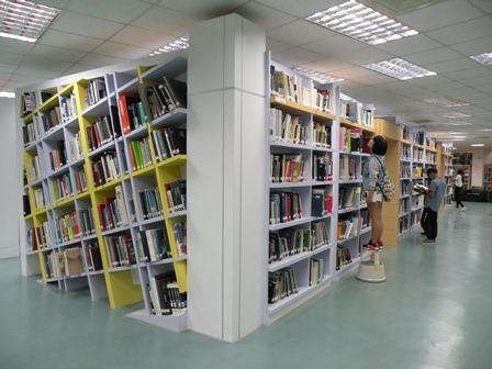 圖說一:樹德科大圖書館