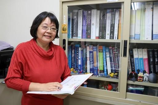 張乃文教授是學生們另一個可信賴的大朋友。