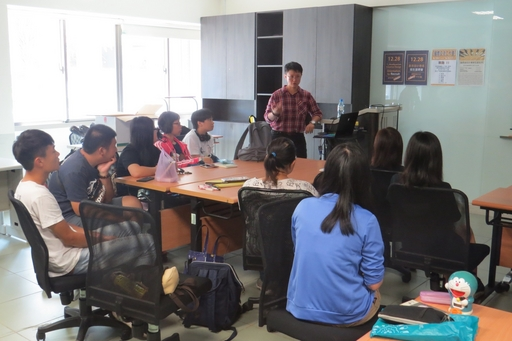 PJ Chen介紹國際飾品設計趨勢與發展